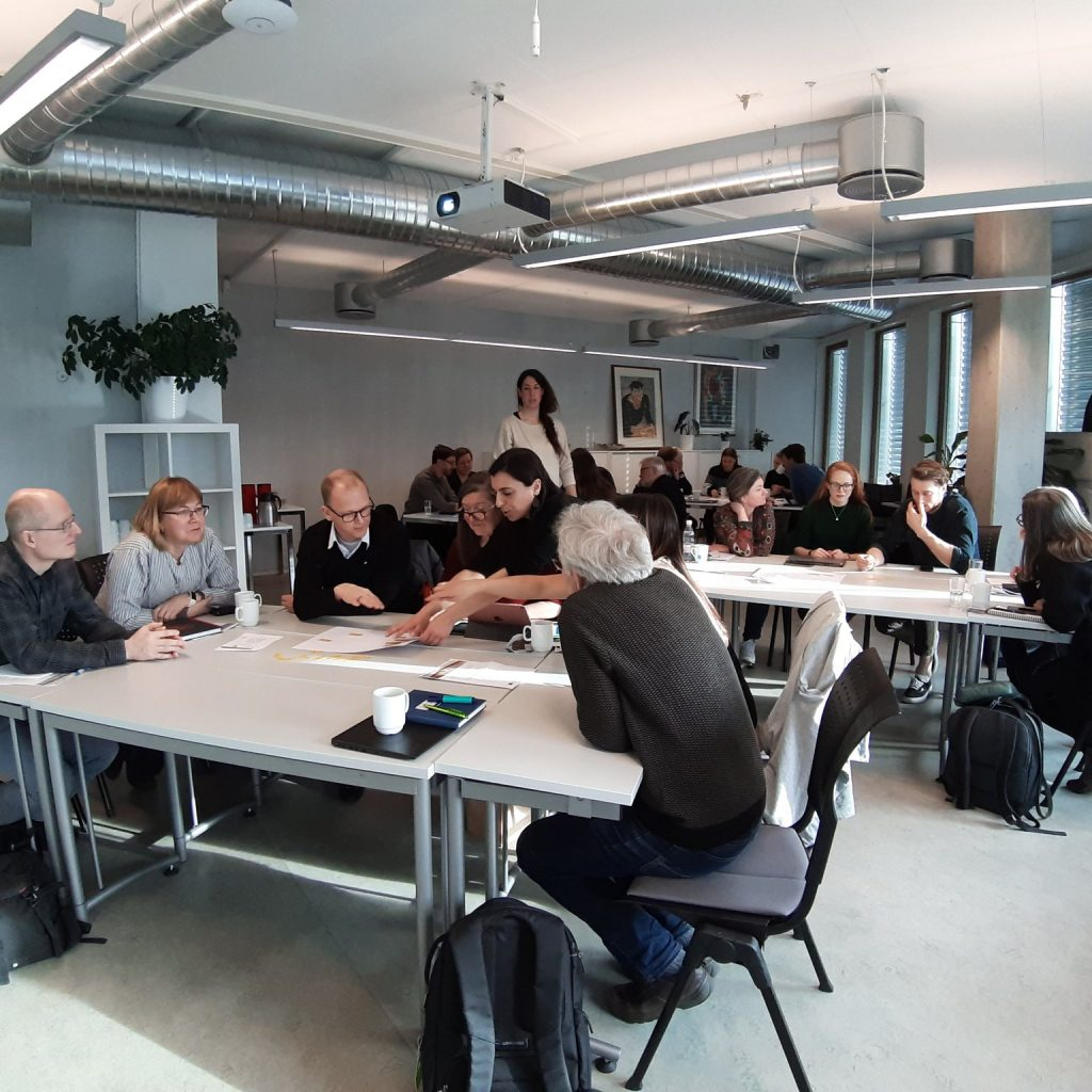 Working groups in the workshop on seaweed production in Norway by AquaVitae and Genialg.